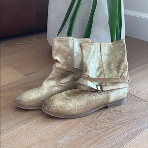 Gold Aldo boots with buckle 8.5/39 faux leather